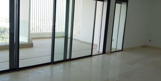 Appartement vide à louer à Ain Diab