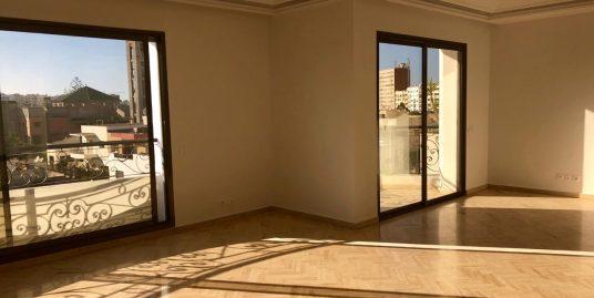 Duplex à louer vide au Triangle d'or