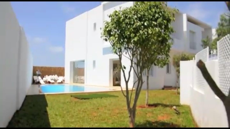 Villa à louer meublée ou vide à Dar Bouazza