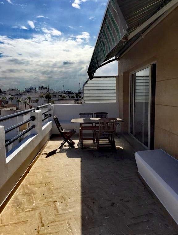 Studio à louer meublé à Gauthier avec grande terrasse