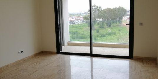 Appartement à louer vide à Casa Finance City