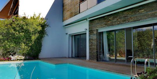 Jolie villa à vendre avec piscine dans une résidence fermée à ain diab